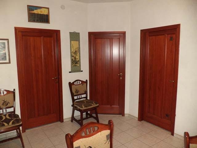 borovi fenyo belteri ajtok b01