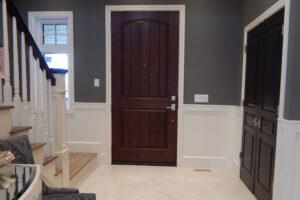 A fémből készült bejárati ajtóknak garantáltan magas az élettartamuk és a betörés ellen is jobban védekeznek.