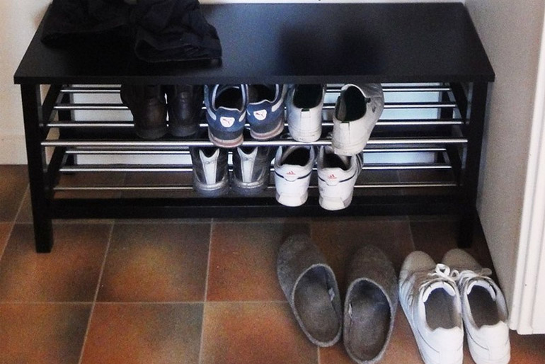 Az előszobában szükség lesz még egy cipő- vagy csizmaszárítóra is.