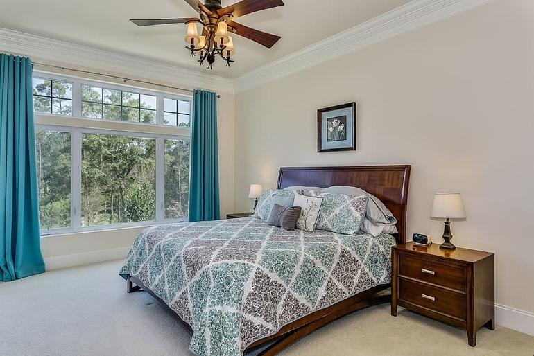 Akkor helyeztük el jól az ágyunkat, ha három oldaláról kényelmesen körül tudjuk járni.