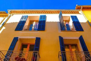 Provence ablakok
