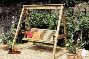 Nagy területű, komplex kertek esetében a szakember csaknem elmaradhatatlan lesz.
