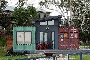 A konténerházba természetesen minden közmű bevezethető, ugyanúgy, mint a hagyományos épületek esetében.