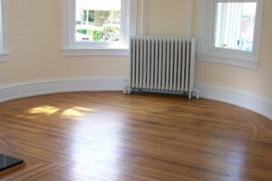 A laminált padló esetében nem mellőzhető a személyes tapasztalat.