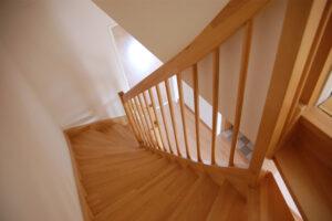 A beltéri lépcső nagyon pontos tervezést igényel.