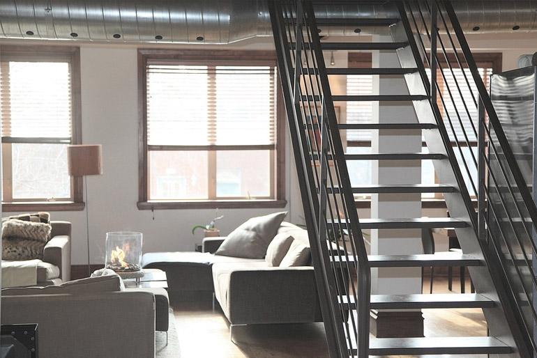 Beltéri lépcső – forma és funkció harmóniája