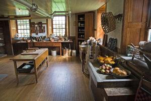 A sgaker stílusú konyhában is minden nyers és természetes.