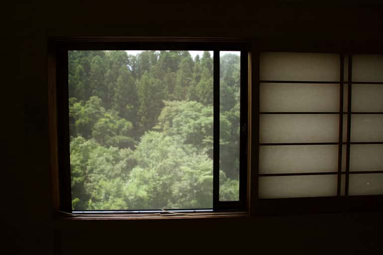 elhúzható ablak
