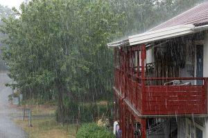 A nyárral beköszöntő viharok rendkívül hevesek lehetnek és gyakoribbak is, mint egy megrendítően nagy árvízi katasztrófa.