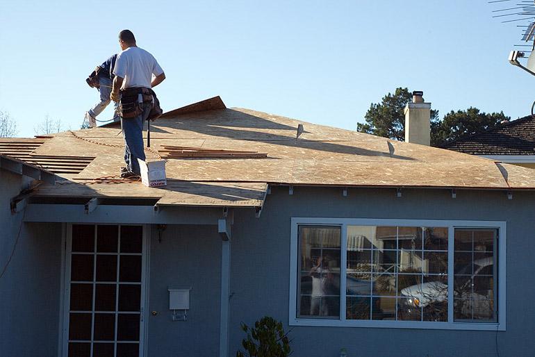 Az Egyesült Államokban a könnyűszerkezetes házak elmaradhatatlan építőanyaga az OSB.