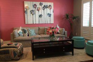 A nappaliban is jó választás a rózsaszín.
